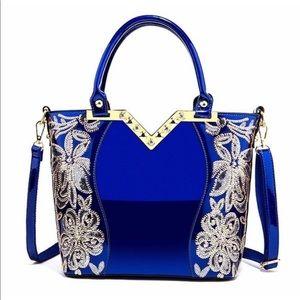 Handbags - 🎉HOST PICK🎉BLUE PATENT LEATHER BAG
